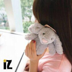 Lapin 3D en peluche pour iPhone
