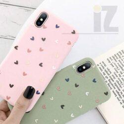 Coque iPhone petits coeurs 3D