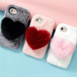 Coque-iPhone-fourrure-coeur-iZPhone
