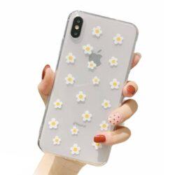 Coque iPhone 11 fleur